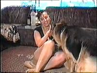 Thick-bottomed amateur MILF taken from behind by an animal