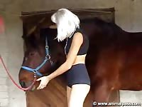 AnimalPass - College skank shows off dazzling dick sucking skills on a massive horse in this animal movie